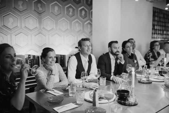 trouwfotograaf_nederland_limburg_brabant_bruiloft_boho_vintage_wedding_kas_foodtruck_taart_bruid_bruidegom_Strijp S_bruidsfotograaf