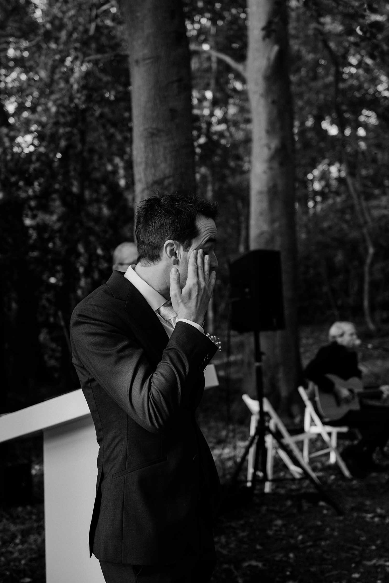 trouwfotograaf_nederland_limburg_bruiloft_boho_vintage_wedding_foodtruck_taart_bruid_bruidegom_bruidsfotograaf_Brabant_Roermond_Amsterdam_winterbruiloft_winterwedding_trouwjurk_buitenceremonie_BureauCocoon_zomerbruiloft_lentebruiloft_herfstbruiloft_buitenlandsbruiloft